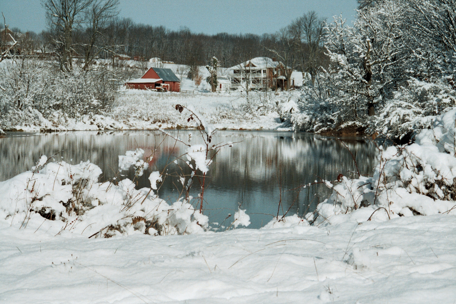 Blueberry Hill Farm A Beautiful Snow With Skiing Nearby